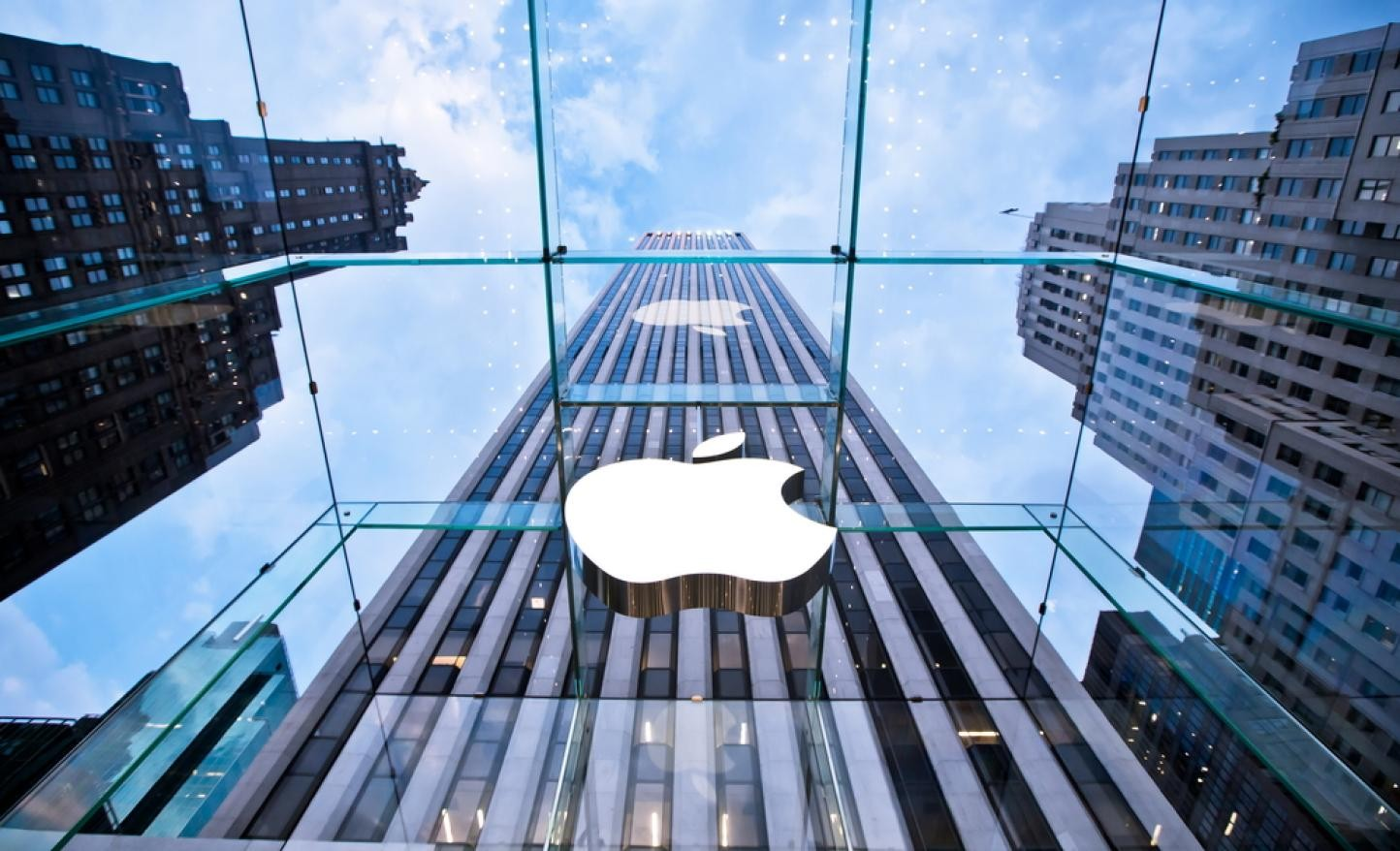 Перенос производства вСША обойдется Apple в $38 млрд