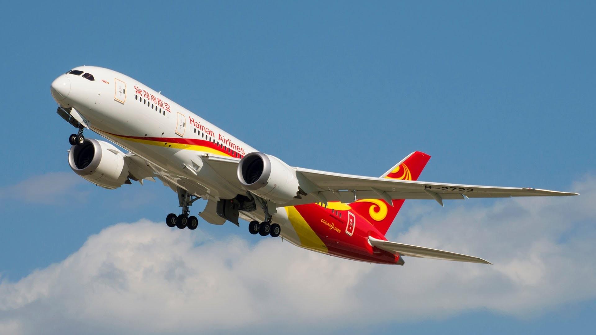 Китайская авиакомпания позволила пассажирам пользоваться электроникой вовремя полета