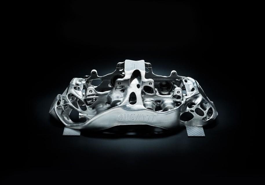 Компания Бугатти начала делать тормозные суппорты при помощи 3D-принтера