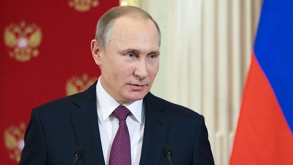 Студенты СПбГУ поставили Путину «зачет»