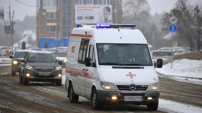ВПодмосковье двое детей вынуждены прибегнуть кпомощи медиков после ДТП