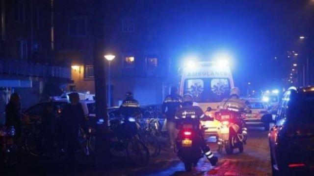 В итоге перестрелки вцентре Амстердама есть погибший ираненные