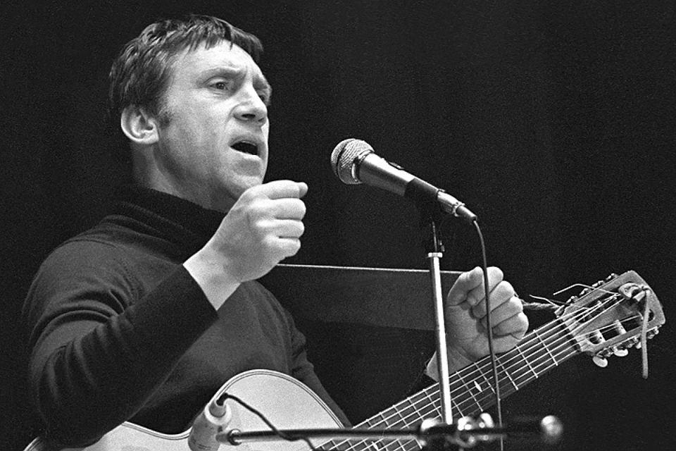 Сдержали слово: Аркадий Чернецкий иАлександр Скляр спели дуэтом песню Высоцкого