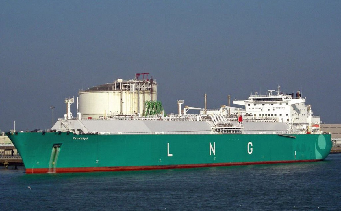 Bloomberg узнал овтором танкере с русским газом для США