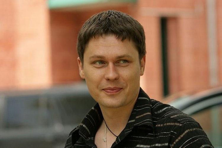 Звезда «Глухаря» Рожков обратился вбольницу спереломами ребер