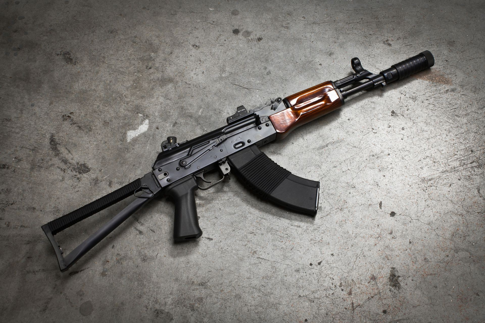 ВЧечне военный застрелил своего командира изавтомата