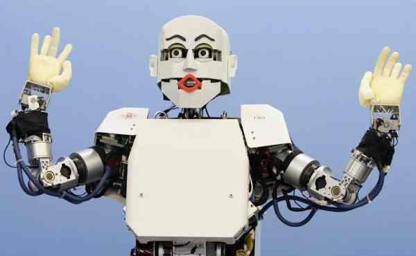 Ученые: При виде роботов у человека возникает эффект «зловещей долины»