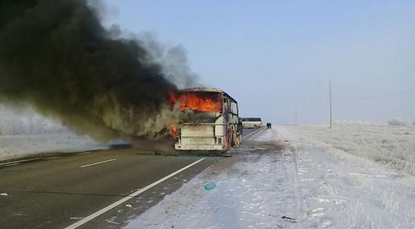 В МВД Казахстана рассказали о состоянии выживших в сгоревшем автобусе