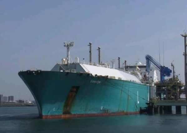 Танкер с российским газом развернули у берегов США