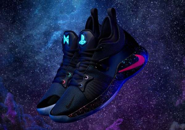 Sony и Nike разработали кроссовки в стиле PlayStation