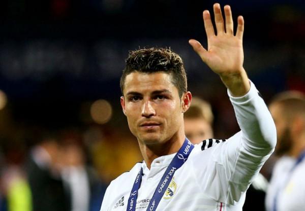 Роналду позитивно оценил свою внешность после травмы лица