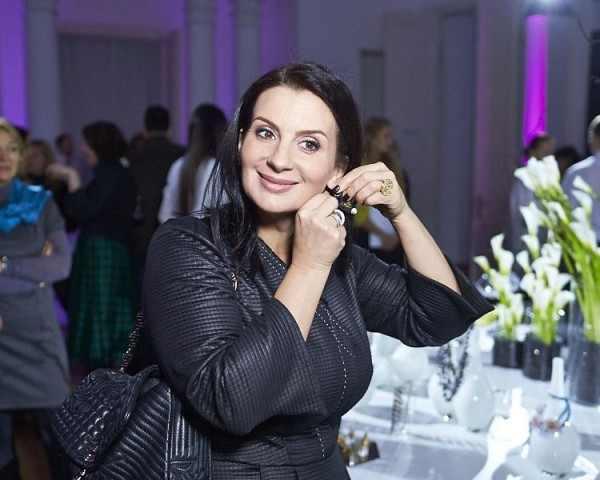 Блогер Лена Миро назвала Екатерину Стриженову «жирной тумбочкой»