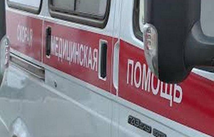 В столице России наженщину с сыном упал столб