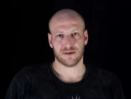 Хайп срочно отменил концерт украинского националиста Захара Мая вПетербурге