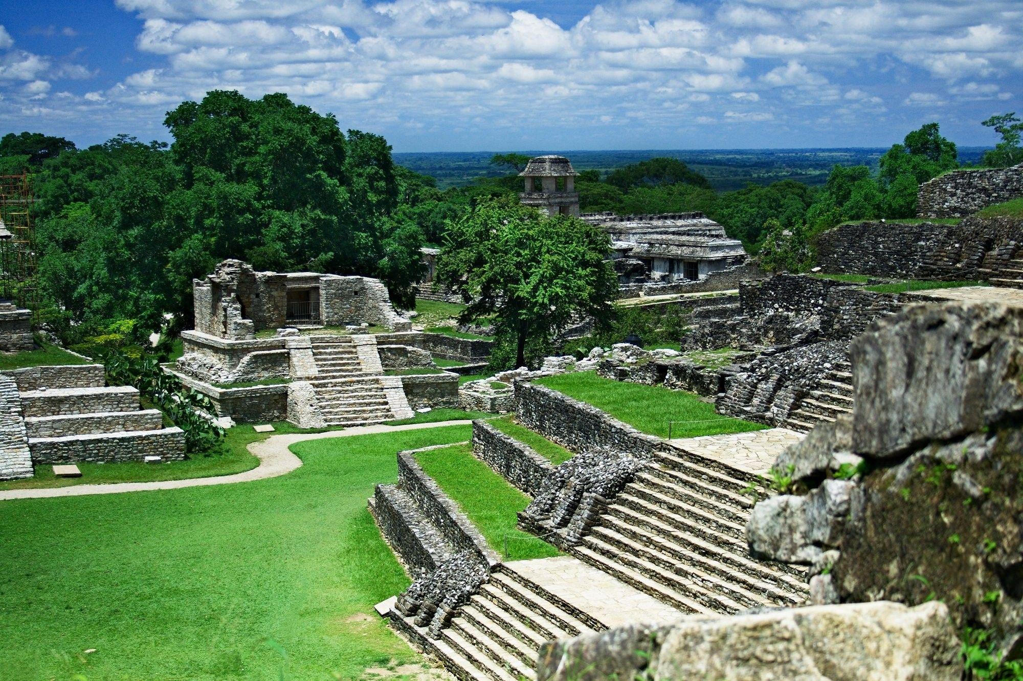 Ученые обнаружили «мегаполис» цивилизации майя в тропических зарослях Гватемалы