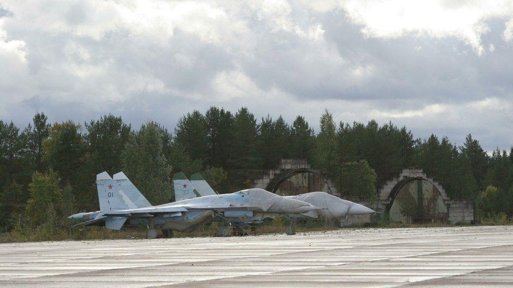 Уклоняющийся отснарядов Су-25 попал навидео