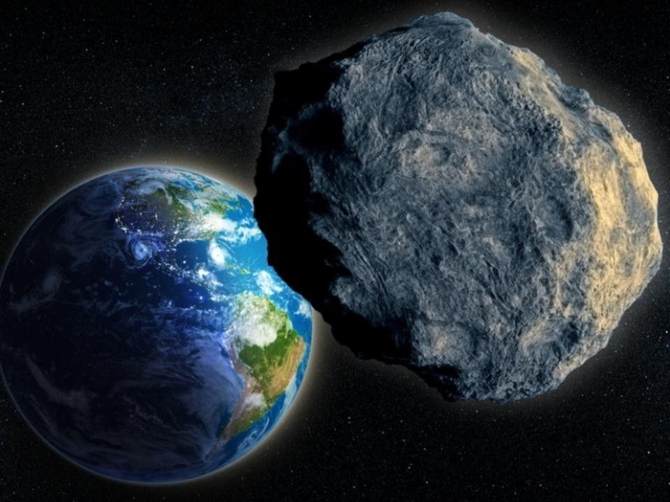 К Земле приближается опасный метеорит