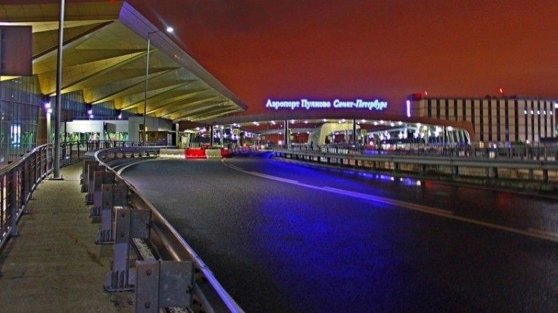 Рейсы из столицы  вПетербург приходят сопозданием