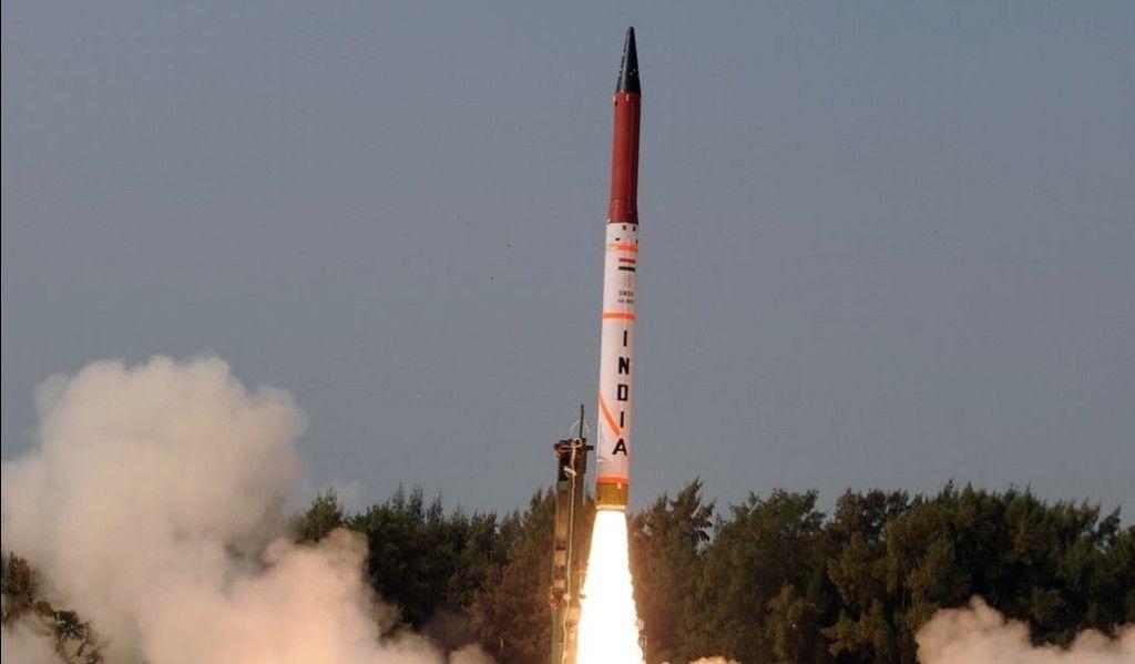 Индия провела тестирования баллистической ракеты