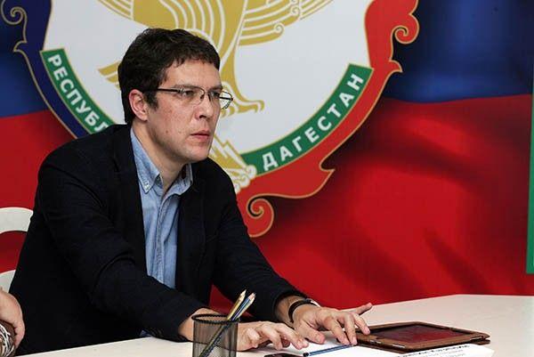 Силовики проводят обыск уврио вице-премьера Дагестана