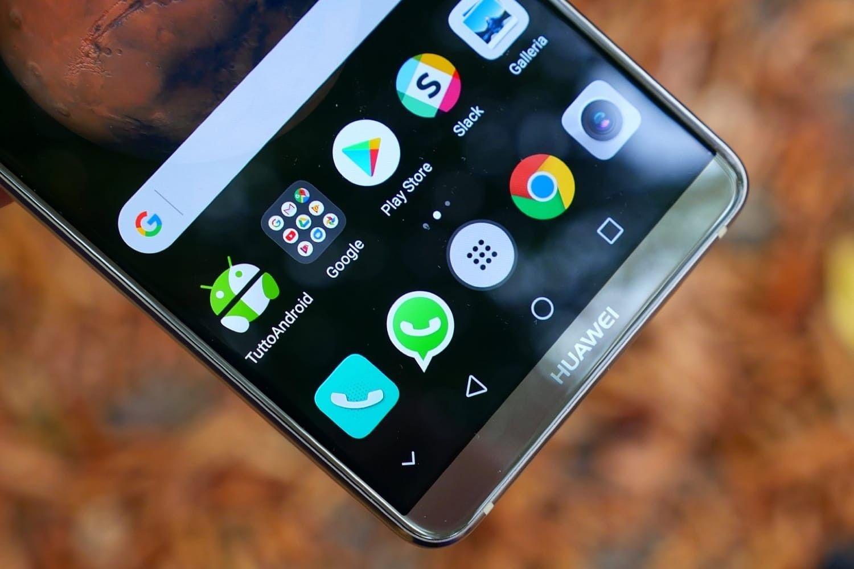 Новый смартфон Honor сдвойной камерой зарегистрировала Huawei