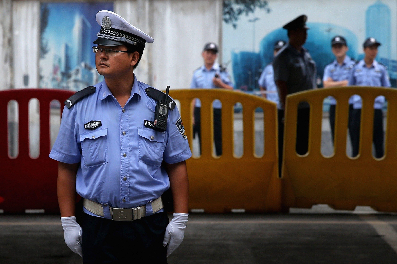 Китайские полицейские задержали 30 человек при помощи «умных» очков