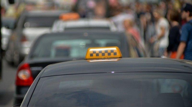 В российской столице обанкротился крупнейший владелец такси