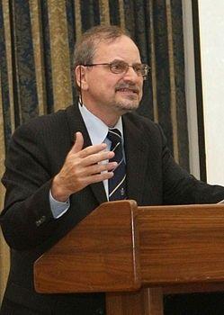 Александр Александрович Генис