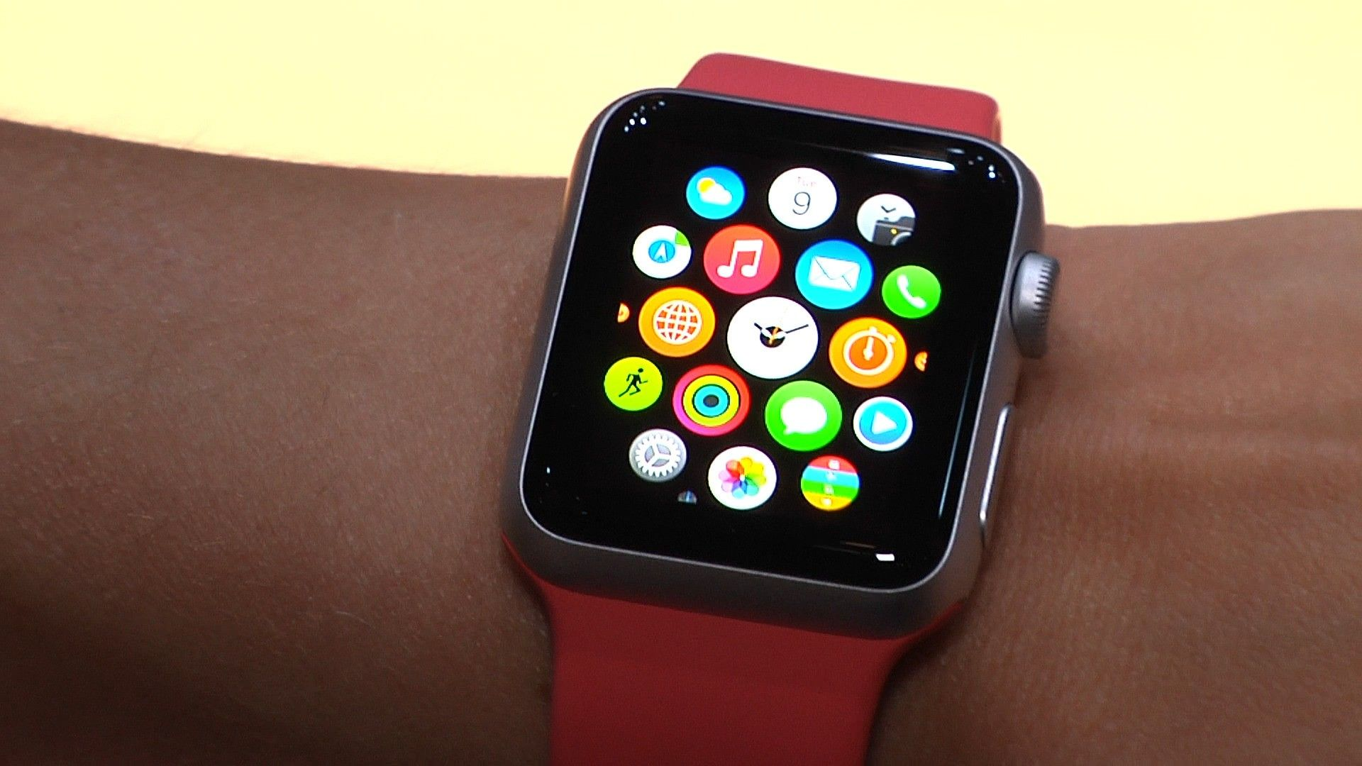 Apple запустила продажи восстановленной версии часов Watch Series 3