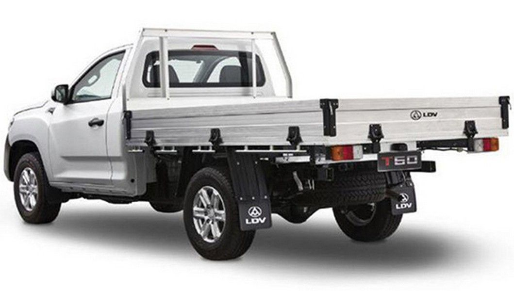 SAIC представил новейшую бюджетную версию пикапа Maxus T60