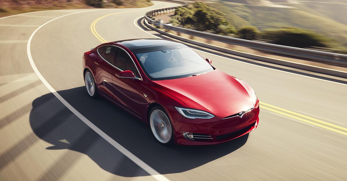 Tesla в Европе обставила немецкую тройку по продажам