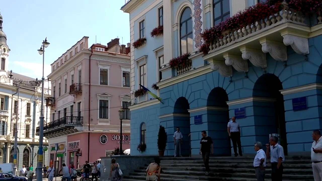 Власти Черновцов запретили все русские надписи вгороде