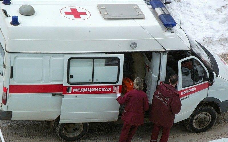 После падения сшестого этажа доставлена вбольницу оренбурженка