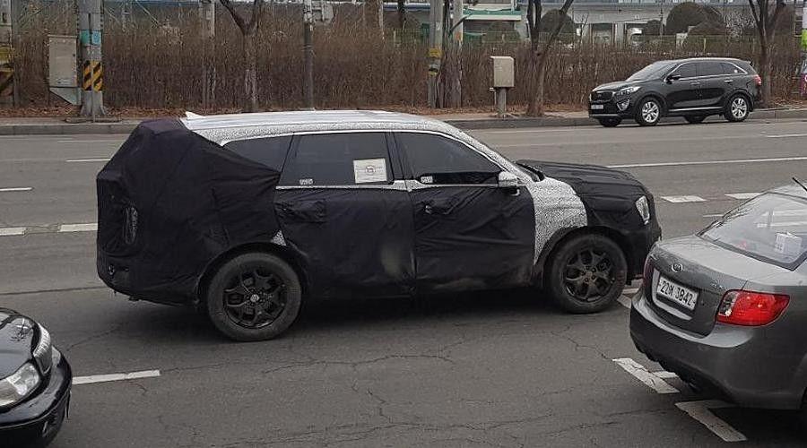 ВРФ стартуют продажи нового семиместного кроссовера Lexus RX350L class=