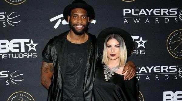 В США в ДТП погибли бывший игрок NBA и его супруга