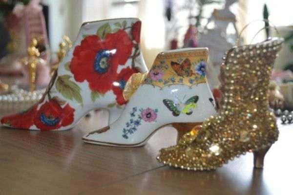 Любовь Еремеева показала свою коллекцию миниатюрных туфелек
