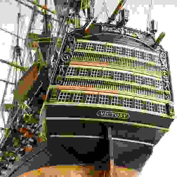 Житель Волгограда воссоздал британский корабль «Виктория» в масштабе 1:84