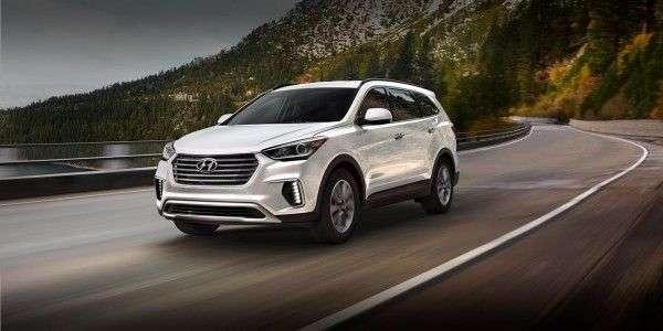 Кроссовер Hyundai Santa Fe 2019 получил официальный ценник