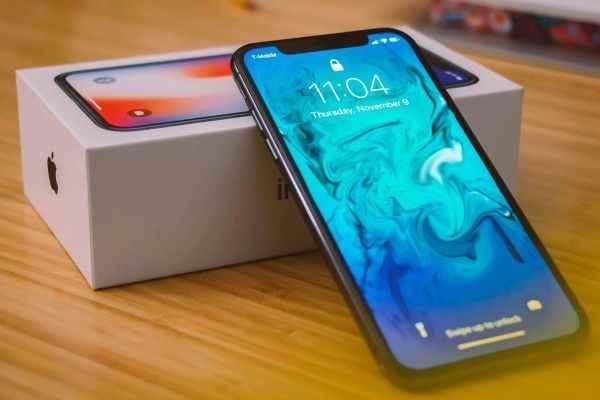 Опубликованы цены на предстоящие iPhone 2018 года
