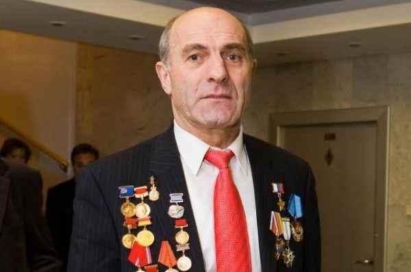 Лётчик-испытатель Магомед Толбоев назвал убийцами пилотов Ан-148