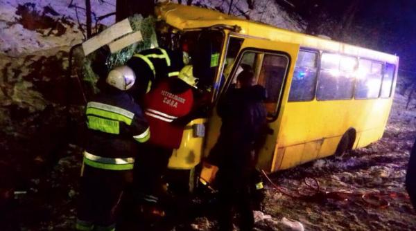 В Киеве столкнулись две пассажирских маршрутки, 15 пострадавших