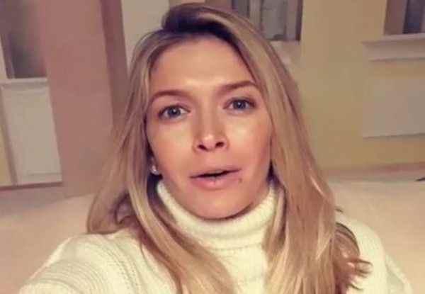 Вера Брежнева объявила о кастинге на бэк-вокалистку в Instagram