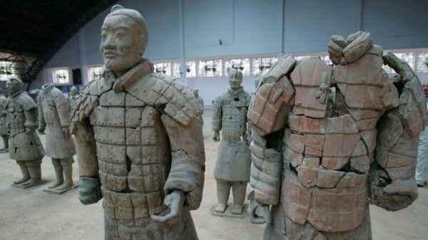 В Филадельфии американец украл палец статуи воина за 4,5 млн долларов
