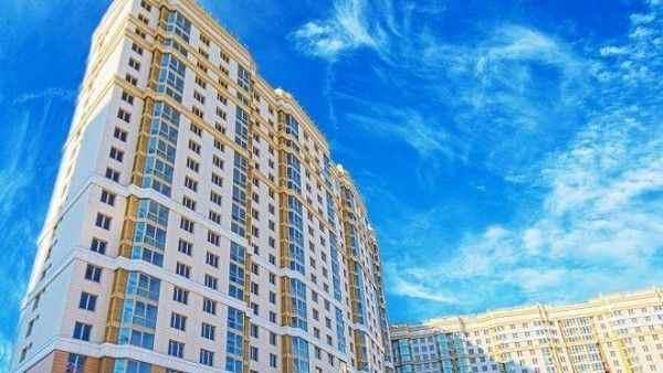Женщины на 15% чаще мужчин покупают квартиры