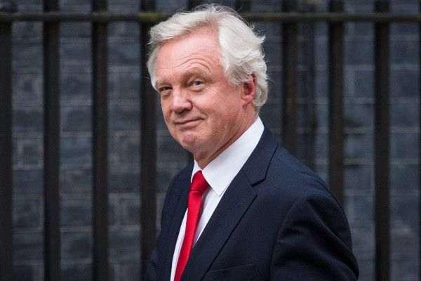 Великобритания намерена увеличить стандарты производства после Brexit