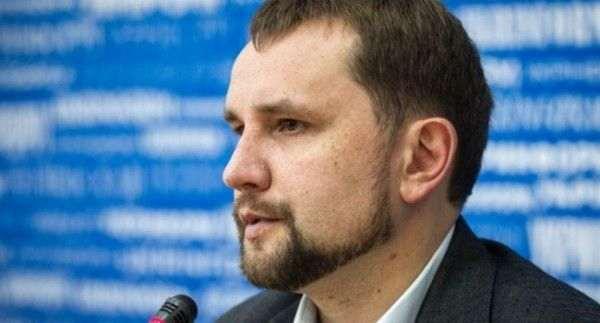 Киев требует от Варшавы восстановить разрушенные украинские памятники