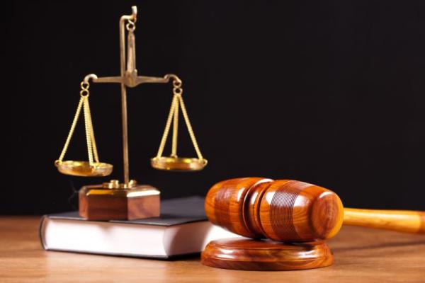 В Прикамье 18-летнего судят за секс с подростком в машине