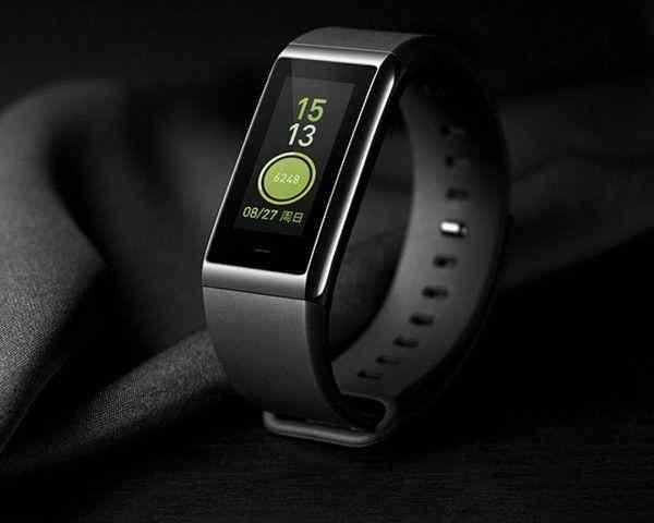 Xiaomi получила сертификат на производство фитнес-браслета Mi Band 3