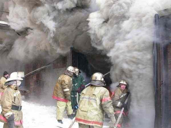 В Саратове загорелся перинатальный центр