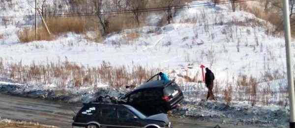 В Хабаровске за две недели на одном месте произошло 5 ДТП из-за скользкой дороги